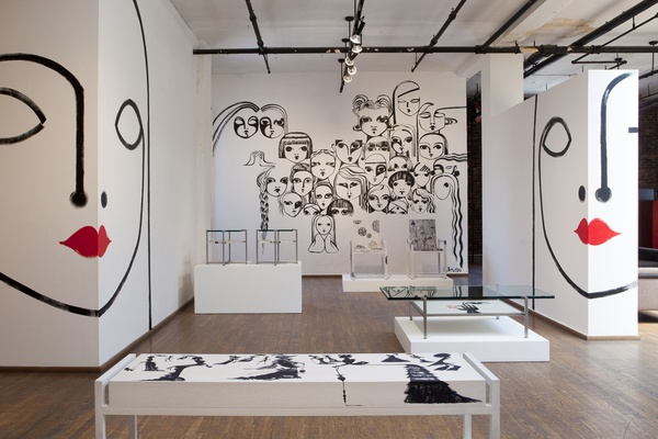 Murals at Ralph Pucci on www.CourtneyPrice.com