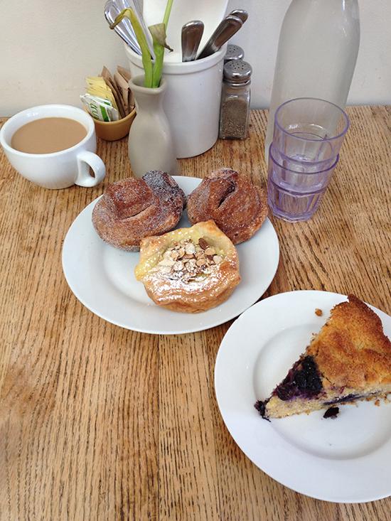 pastries, Los Angeles Bakeries