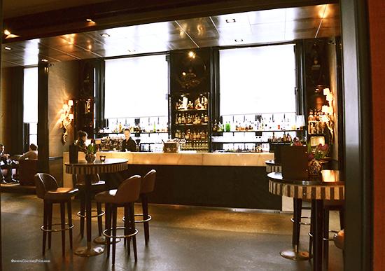 Amsterdam Hotel, Amsterdam bar