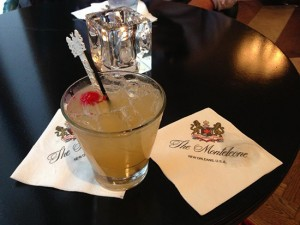carousel bar, hotel monteleon