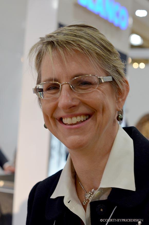Lynn Byrne, Decor Arts Now