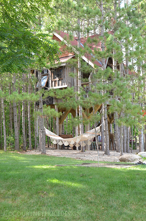 tree house, guest house,