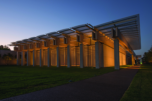 Kimbell Art Museum, Renzo Piano Pavilion, night