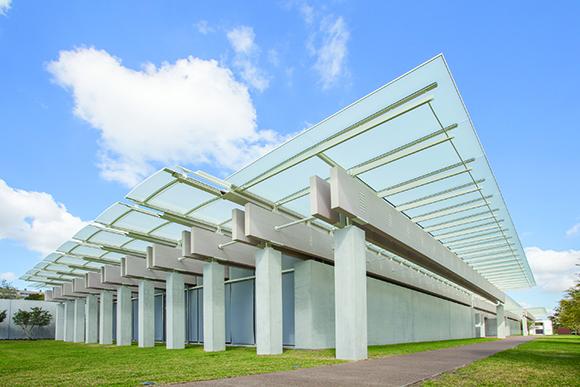 Kimbell Renzo Piano Pavilion exterior, art museum, Fort Worth