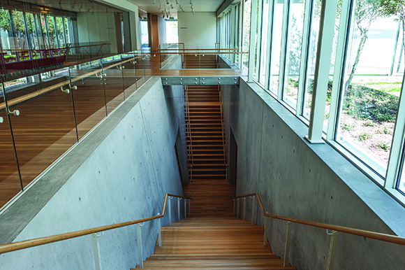 Kimbell Interior of Renzo Piano Pavilion
