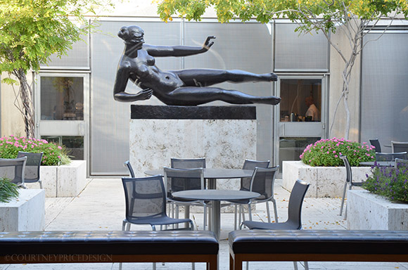 L'Air, Broze Sculpture, Kimbell Museum