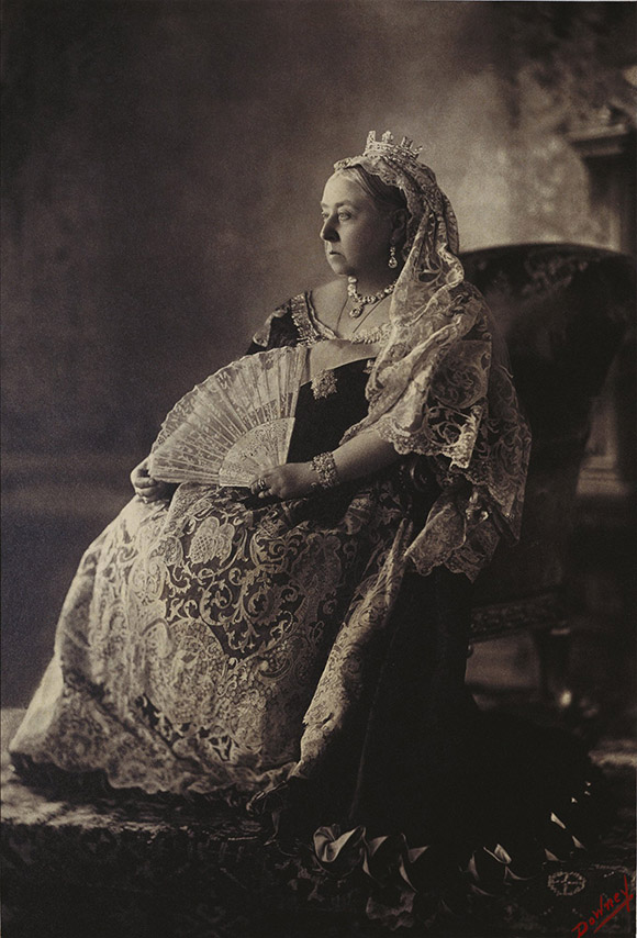 Queen Victoria, photography of Queen Victoria, Getty exhibit, portrait of queen victoria