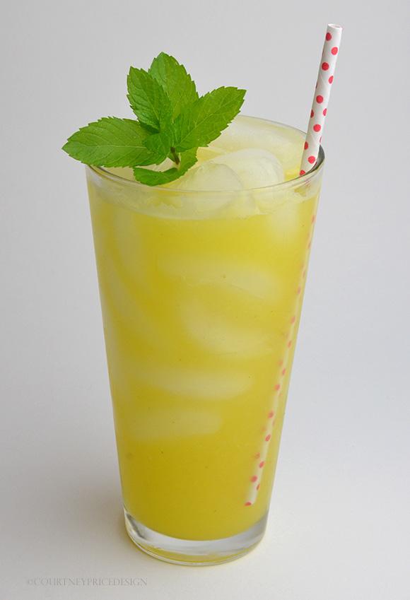 Fresh Pineapple Juice Cocktail on www.CourtneyPrice.com