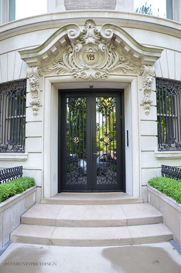 NYC architecture on www.CourtneyPrice.com