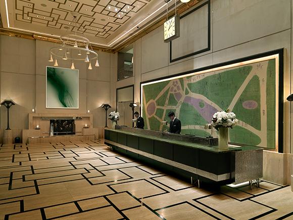 Lobby- The London Hotel NYC, on www.CourtneyPrice.com