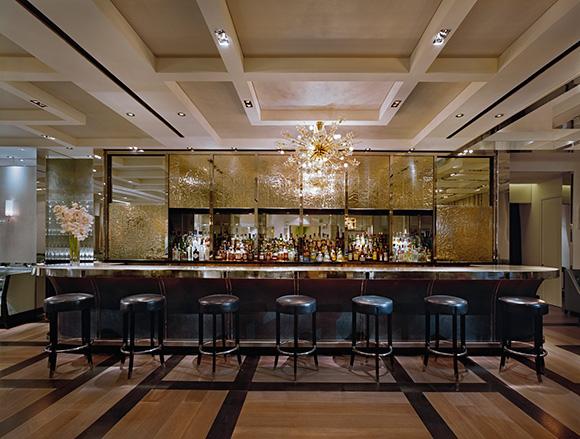 Best NYC Hotel Bar- The London Hotel NYC, on www.CourtneyPrice.com