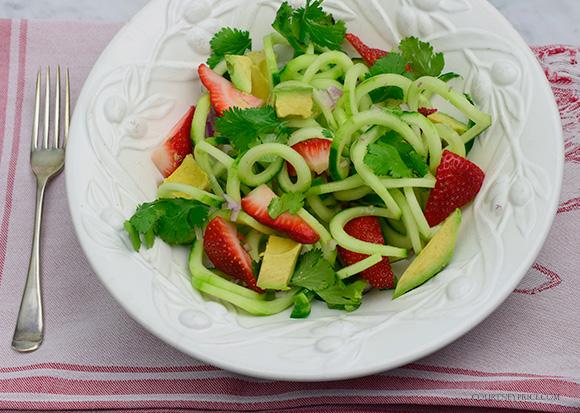 Cucumber & Strawberry Salad- Healthy Spiralized SPA food- on CourtneyPrice.com http://wp.me/p2e5e8-4Em