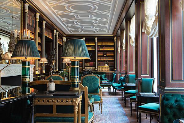 Library-La-Reserve-Paris-1 - Crédits photo G. Gardette - La Réserve Paris, as seen on www.courtneyprice.com